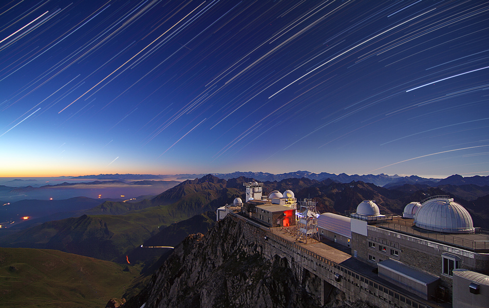 Star trails over Pic du Midi Observatory (Credit: Paul Compère / Pic du Midi)