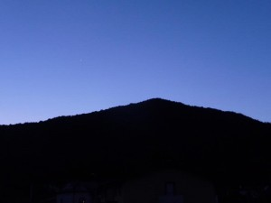 Mount Faet at dawn (Venus is rising to the left).